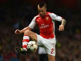Debuchy no cuenta para Wenger. AFP