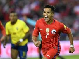 Alexis Sánchez será um dos ausentes no Mundial. AFP