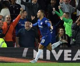 Hazard fez uma pintura e virou para o Chelsea.  AFP