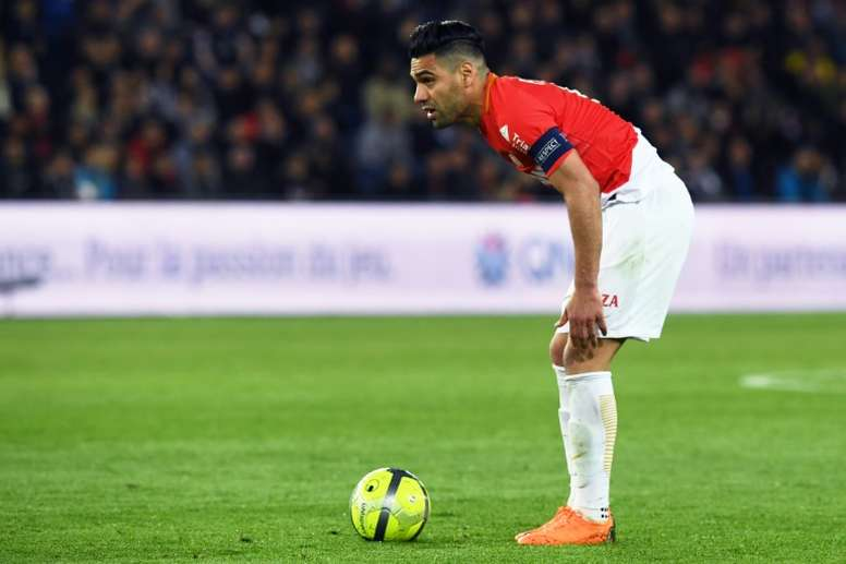 0950cc0fb493 Pin Radamel Falcao lors du match face au Paris SG. AFP