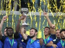 L'équipe de France U19 célèbrent leur victoire à l'Euro 2016. AFP