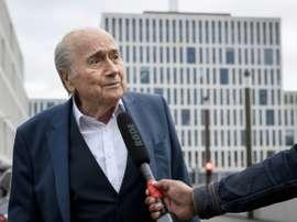 Blatter said he has not got major complications. EFE