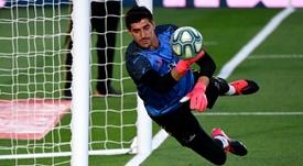 Courtois, mais do que orgulhoso de estar no Real Madrid. AFP