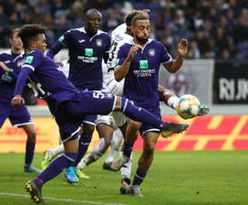 O Anderlecht se junta ao Genk e volta aos treinos. AFP