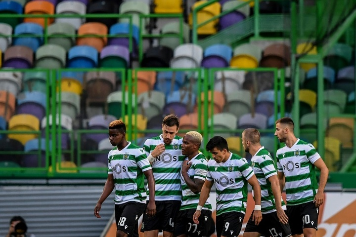 El Sporting podría perder a su portero Luís Maximiano. AFP
