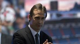 Julen Lopetegui tendrá que decidir qué jugadores se quedan y quienes se irán cedidos. AFP/Archivo