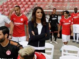 Alona Barkat lors d'un interview au stade de Beer-Sheva. AFP