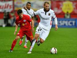 Le défenseur de Nice Mathieu Bodmer lors dun match d'Europa League à Salzbourg. AFP