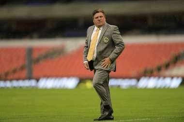 Herrera cargó contra México... ¡por la lesión de Ochoa! AFP