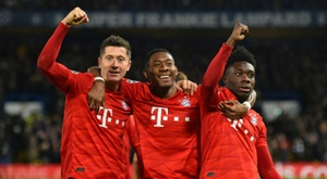 Alphonso Davies (R) has been a fantastic find for Bayern Munich. AFP