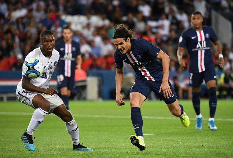 Cavani was injured in the game against Toulouse. AFP