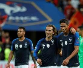 A França mantém a liderança do grupo H com os mesmos 15 pontos da Turquia. AFP