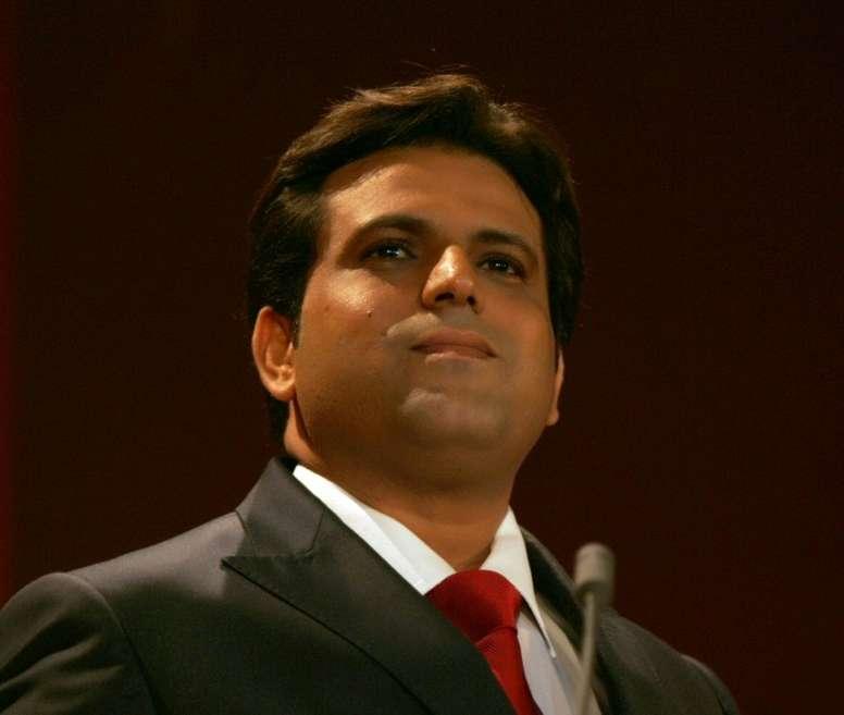 Le richissime homme d'affaires tunisien Slim Riahi lors d'un meeting politique. AFP