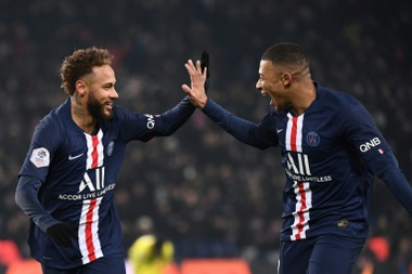 Ander Herrera does not think Neymar or Mbappe will leave. EFE