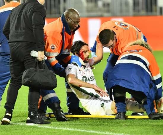 Neven Subotic, blessé avec Saint-Etienne, sur la pelouse de Bordeaux. AFP