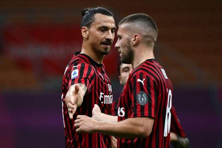 Ibra podría firmar esta misma semana su nuevo contrato con el Milan. AFP