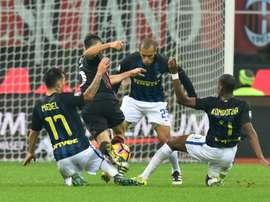 Derby aller entre l'AC Milan et l'Inter, à San Siro le 20 novembre 2016. AFP