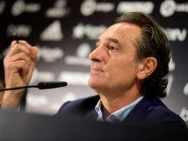 Cesare Prandelli désormais à la tête de Valence CF, lors de sa présentation au club, le 3 octobre 2016