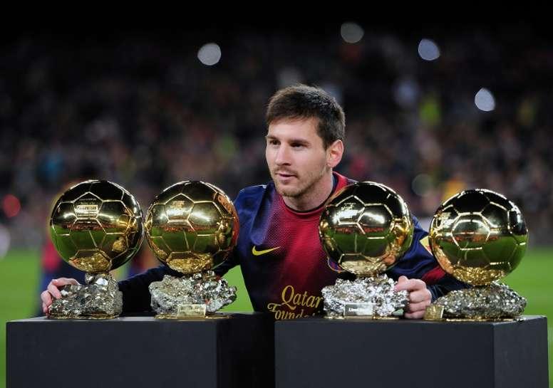Elano le pidió un favor a Messi. EFE