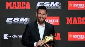 Lionel Messi recebeu a sexta Chuteira de Ouro na Espanha. AFP