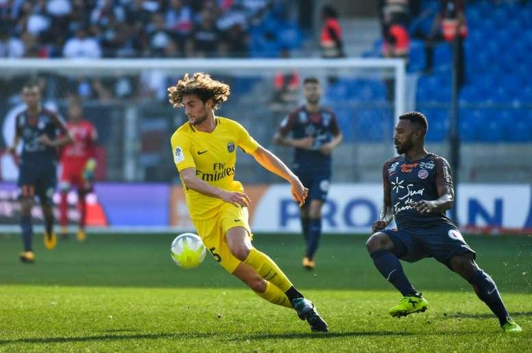 El francés se verá a través de su agente con el Barça. AFP