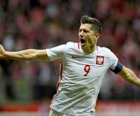 Doblete de Lewandowski antes del Mundial. AFP