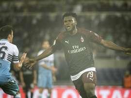 Kessié adelantó al Milan, pero Correa igualó el partido en el alargue. AFP