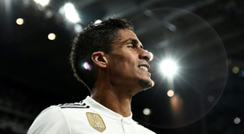 Varane continuará en el Real Madrid. AFP