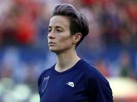 Discrimination sexiste: attaquée par ses joueuses, la Fédération US revoit son discours. AFP