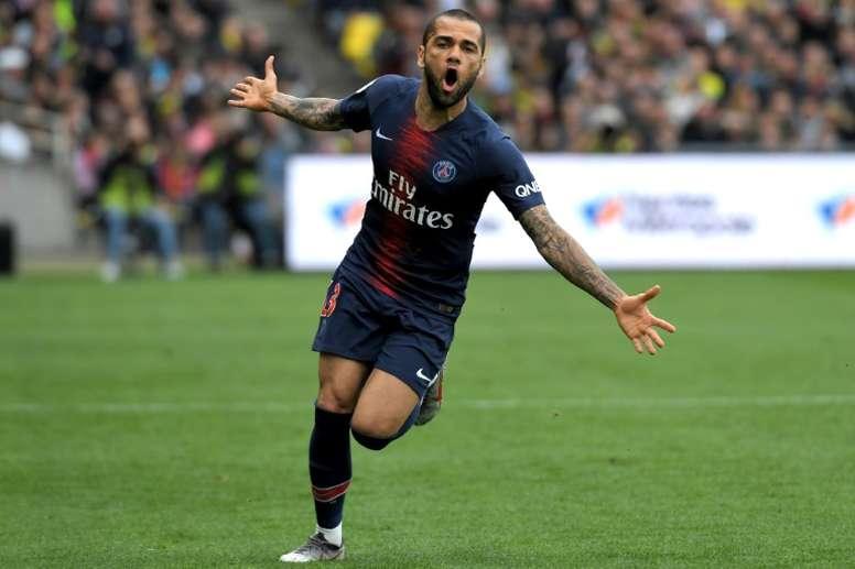 Dani Alves, o jogador mais galardoado da história do futebol. AFP