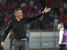 Raja Casablanca: Patrice Carteron remplacé par Jamal Sellami au poste d'entraîneur. AFP