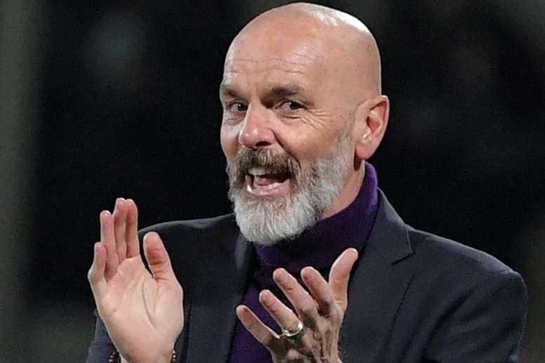 Pioli tendrá que clasificar al Milan para disputar la Champions League. AFP