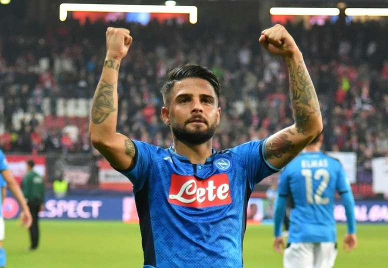 Naples premier qualifié pour les demi-finales. Goal