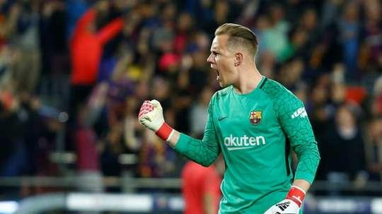 Ter Stegen salvó al Barça con cuatro grandes paradas. AFP