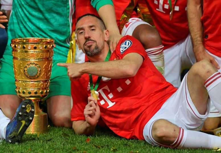 No melhor ano de Rybéry, Cristiano Ronaldo foi eleito o melhor da temporada. AFP