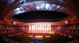 Le Qatar inaugure un nouveau stade avec 20.000 supporters testés négatifs au Covid-19. AFP
