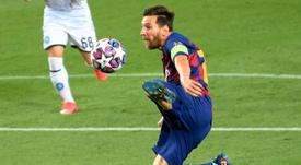 O City acredita que pode tirar Messi do Barça. AFP