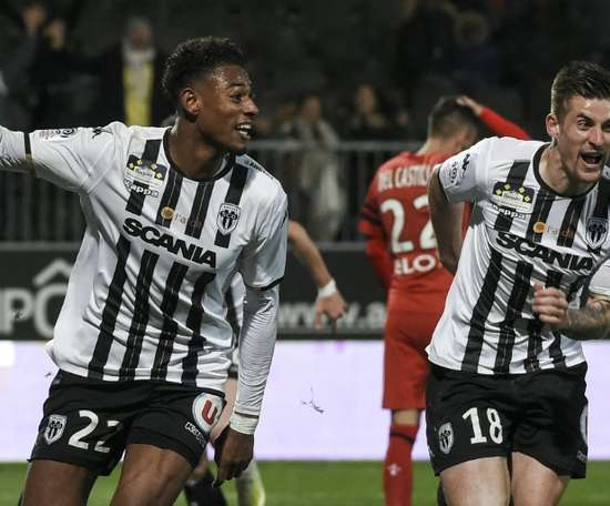 Jeff Reine-Adelaide (l) could be signed by AC Milan after impressing at Angers. AFP