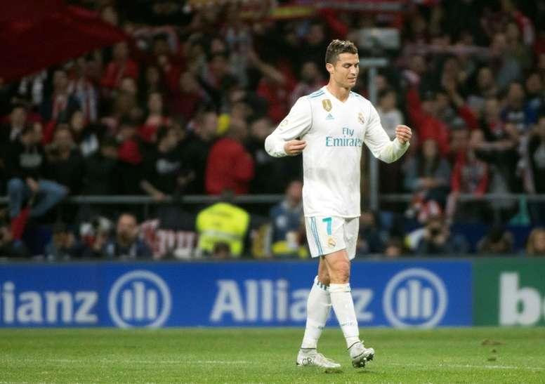 Pin Ronaldo não pára de fazer história. AFP 29e1ec78c23f1