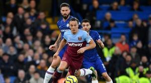Chelsea perdeu contra o West Ham sem cometer nenhuma falta. AFP