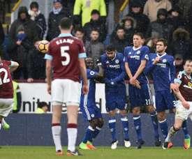 El Chelsea se adelantó en el minuto 7, pero el Burnley supo sobreponerse. AFP