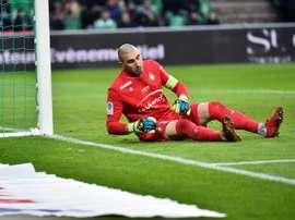 L'AS Saint-Étienne confirme la blessure de Ruffier. AFP