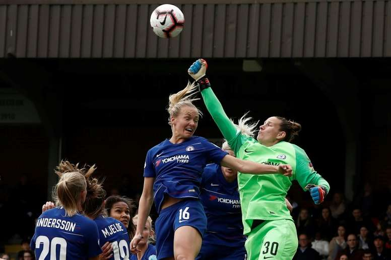 Les joueuses de Chelsea donnent leurs primes pour lutter contre les violences conjugales. AFP