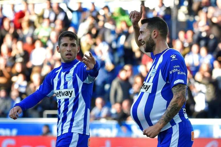 Borja Bastón se despidió del Alavés. AFP