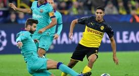 Achraf está cedido por el Madrid en el Borussia. AFP/Archivo