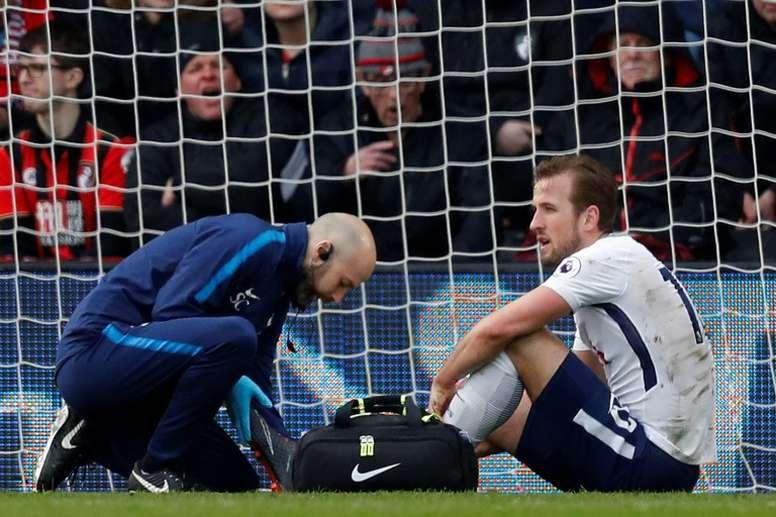 Kane cayó lesionado contra el Bournemouth del pasado 11 de marzo. AFP