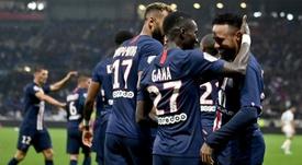 Neymar félicite son équipe en français après la victoire à Nice. AFP