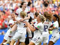 La FIFA va débloquer 500 millions de dollars pour le foot féminin. AFP