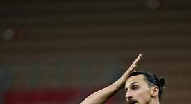 Ibrahimovic pasó revista en Italia. AFP