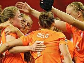Las holandesas son las favoritas a levantar el título. EFE